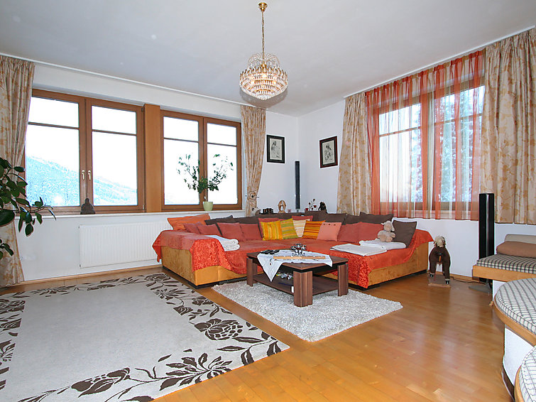 Bungalow (8p) Josef with fireplace, wifi and at 300m from the ski ring in Niederau (I-422)