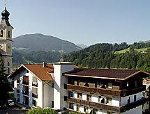 Brixental con balcone und il bicchiere