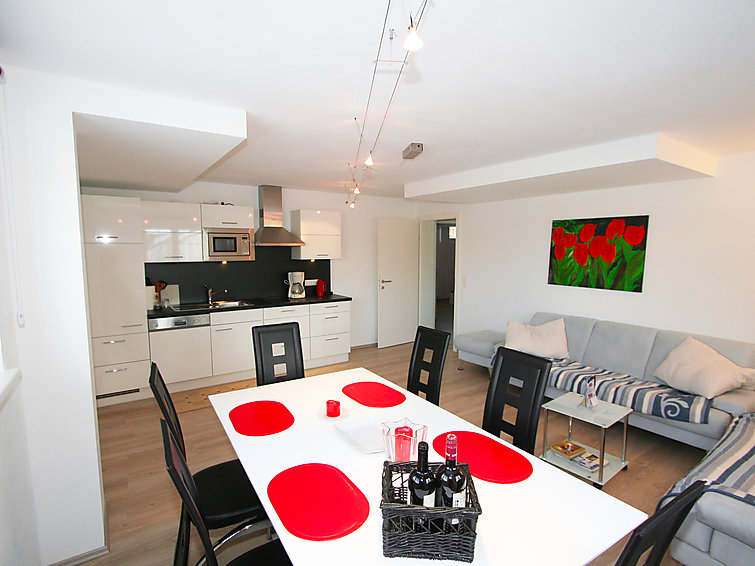 Modern decorated apartment Reisenhofer (4p) with wifi at 400 meter from the ski ring (I-416)