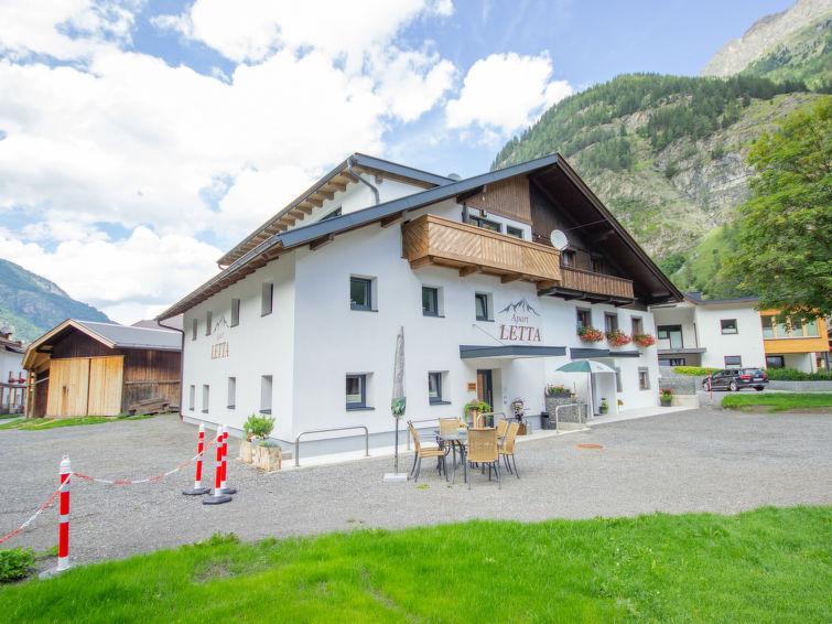 Slide4 - Apart Letta Tirol