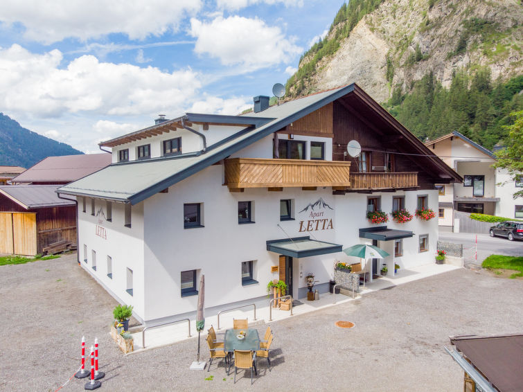 Slide2 - Apart Letta Tirol