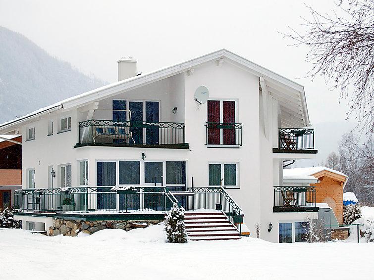 Slide4 - Haus Panorama
