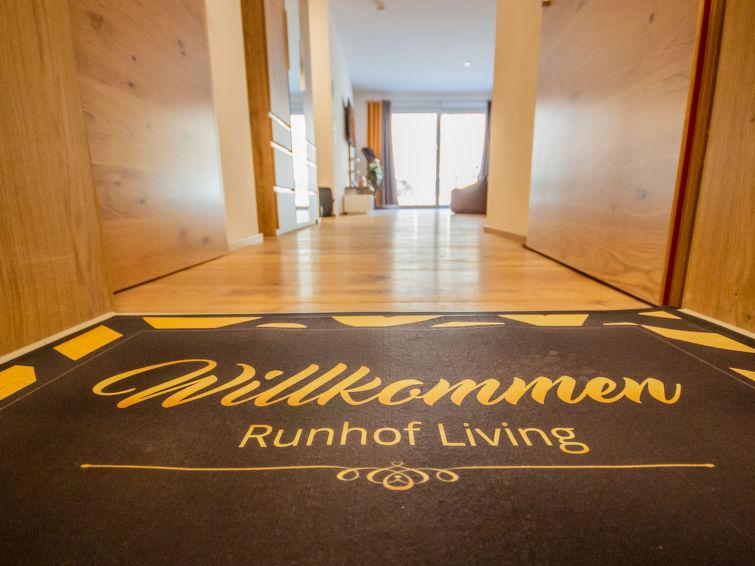 Runhof Living - Slide 11