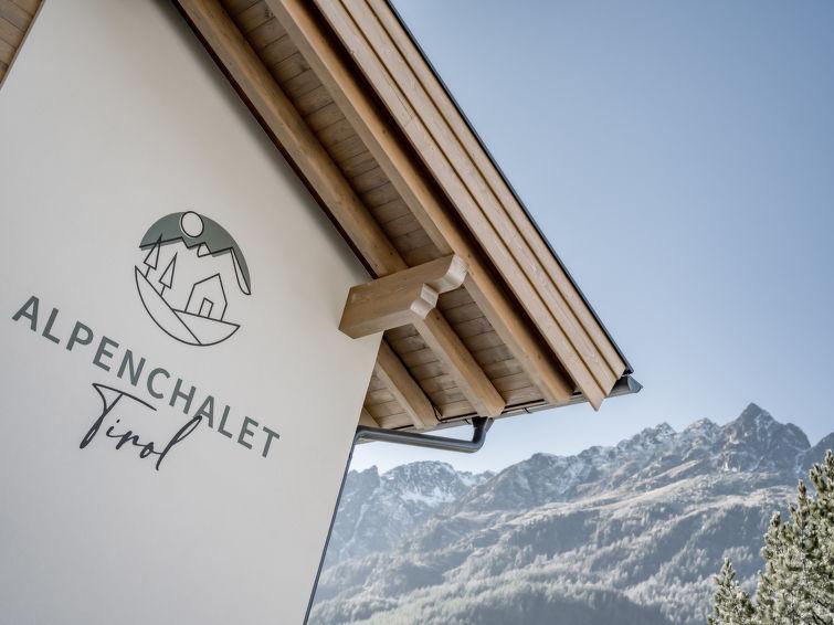 Alpenchalet Tirol - Slide 1