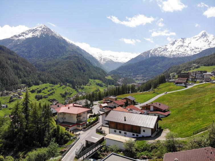 Slide8 - Alpin