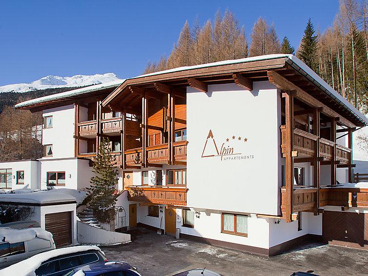 Appartement Alpin(11p) met 4 slaapkamers op 300m afstand van de piste (I-377)