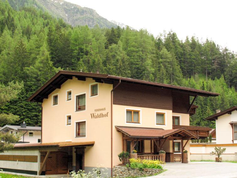 Slide2 - Waldhof