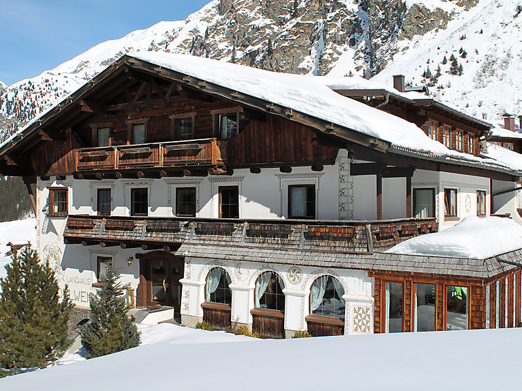 Wintersport holiday at the skiring in apartment Pitztal (2p) with sauna (I-462)