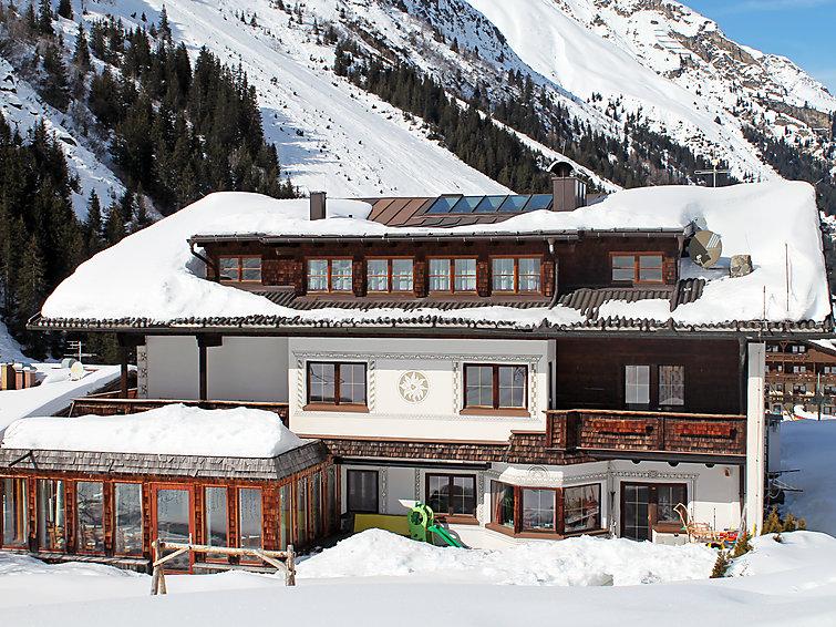Appartement aan de piste van skigebied Pitztal. Sneeuwzeker (I-481)