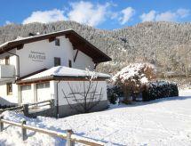 Ried im Oberinntal - Lejlighed Handle