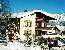 Austria zum Wandern in den Bergen und Haustiere erlaubt