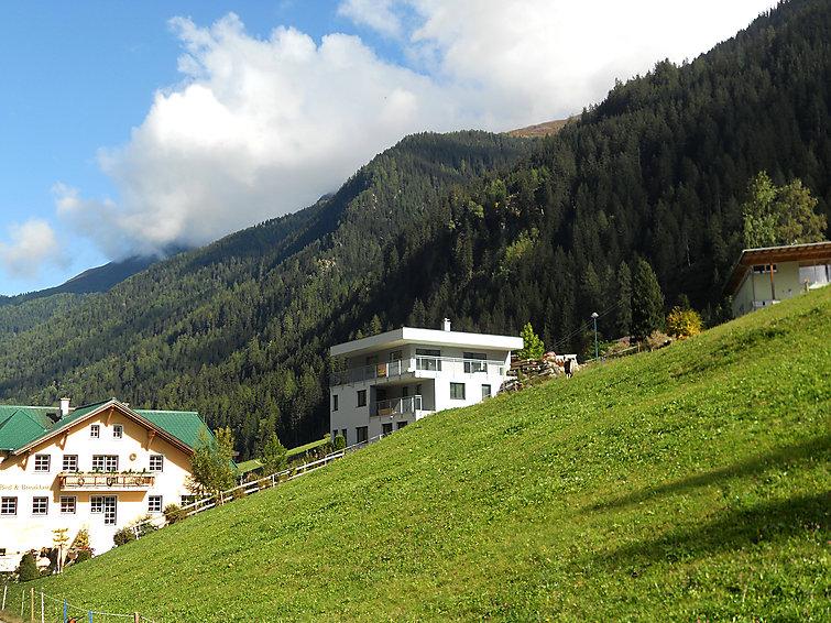 Appartement Collina (4p) 1 km van het meer in Tirol (I-328)