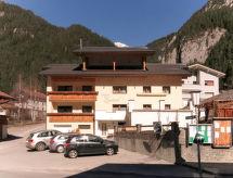 Pettneu am Arlberg - Maison de vacances Zentral (PTT211)
