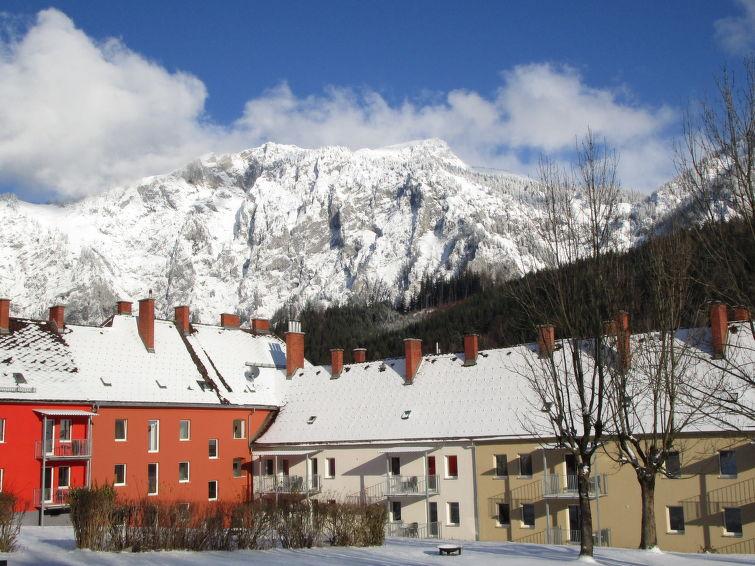 Ferielejlighed Erzberg med barneseng og tæt på skiområdet