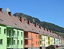Erzberg con balcone und parco giochi per bambini