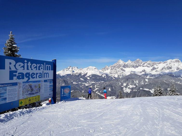 Slide5 - Alpenchalets Reiteralm