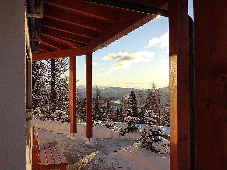 Vrijstaande bungalow Isak met sauna en openhaard in Karinthie, Oostenrijk (I-417)