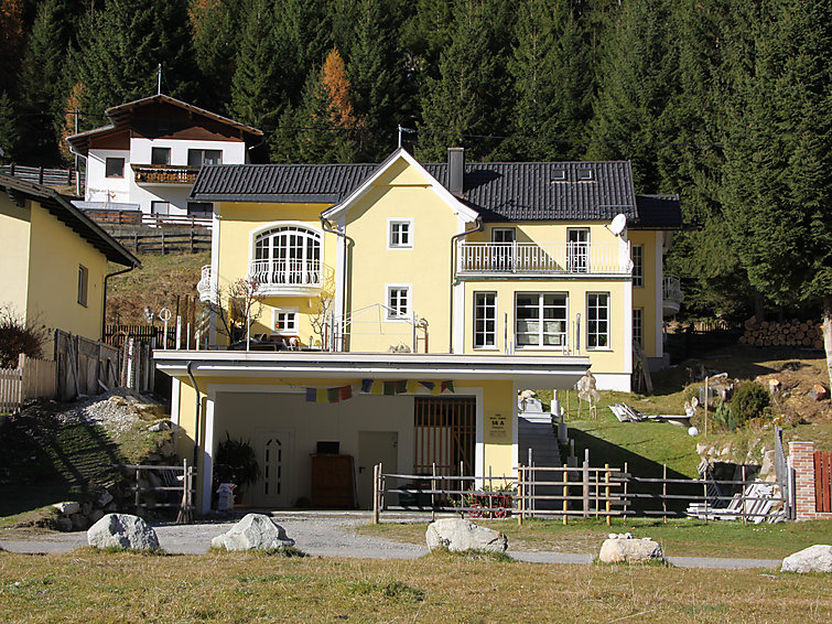 Villa Marie-Sophie (7p) met 2 badkamers en 1 km van het centrum Mallnitz (I-348)