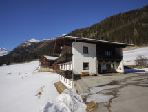 Defereggental - Apartment Lippenhof