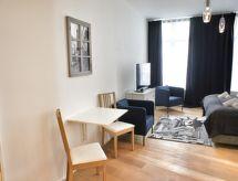 Laeken Residence med tv og bruser