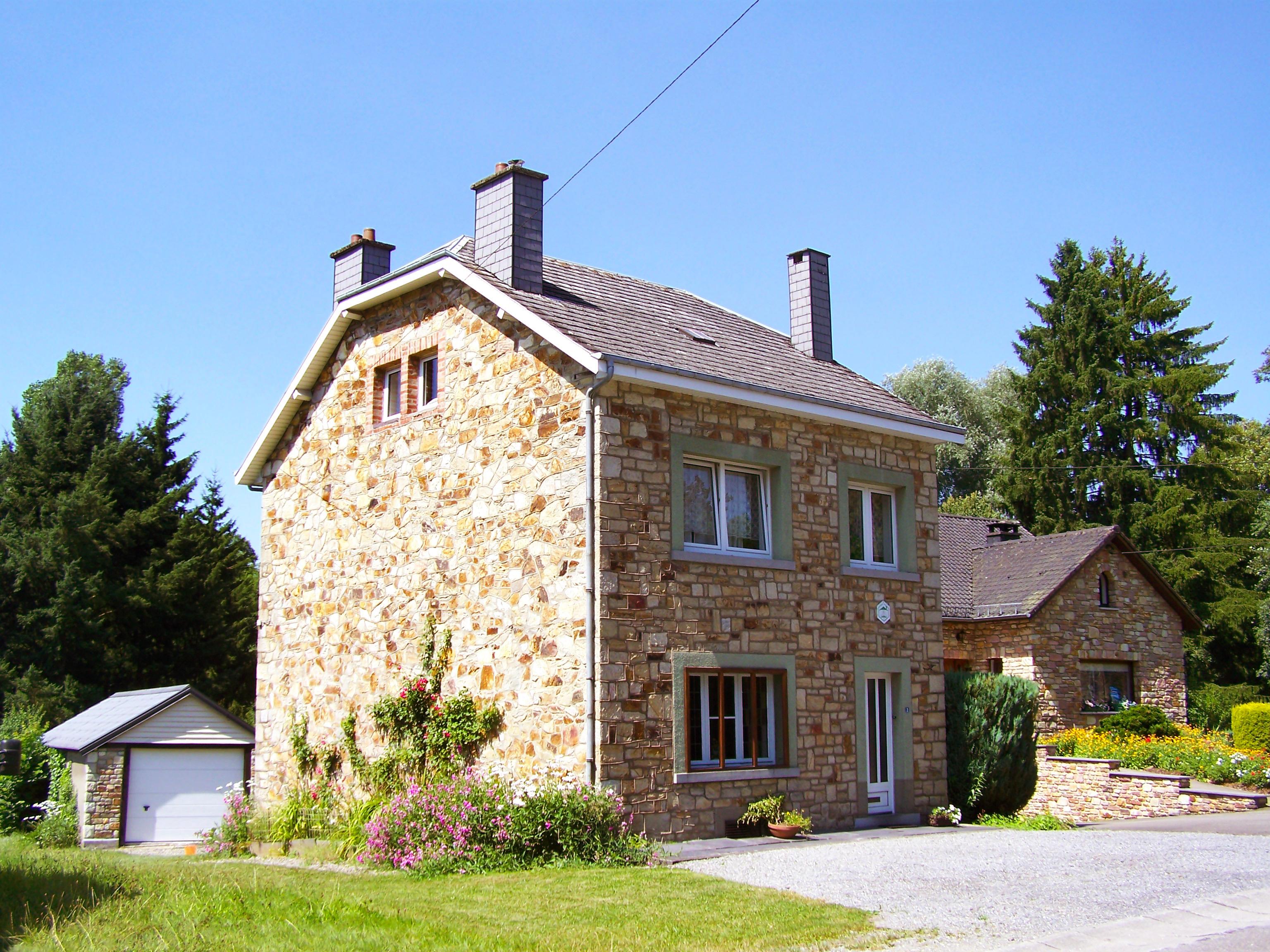 Casas e apartamentos de f iras pesquisa e livro on line interhome for Casa home belgique