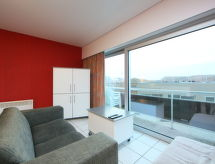 Residentie Astrid with tv and oven