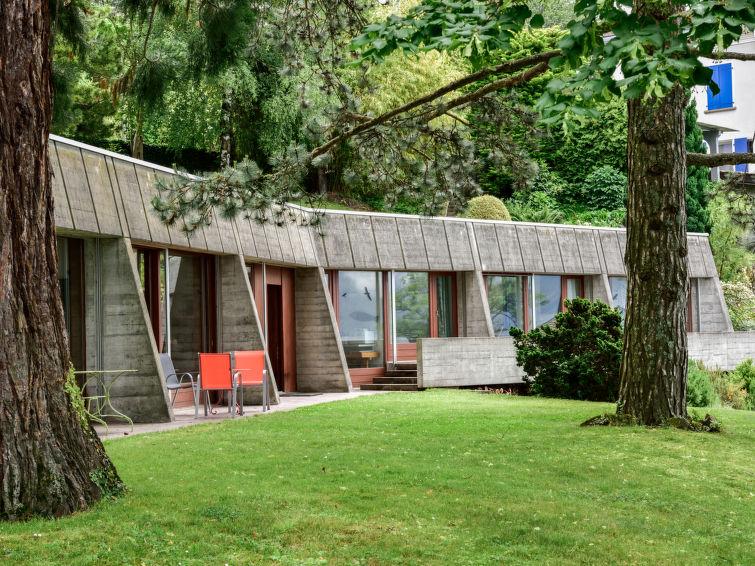 Slide2 - Duck House
