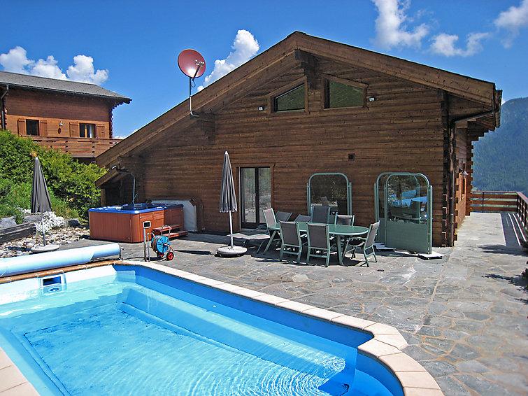 preter sa maison pour les vacances louer une voiture pour les vacances maisons de vacances. Black Bedroom Furniture Sets. Home Design Ideas