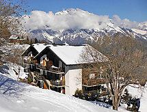 Les Arolles 704 do narciarstwa biegowego i na równiny turystyka