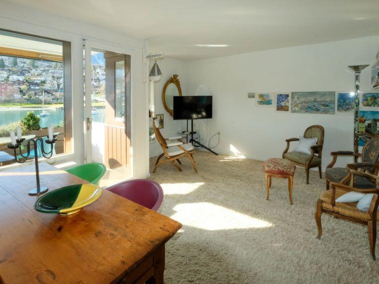 Seewohnung 2 Apartment in Spiez