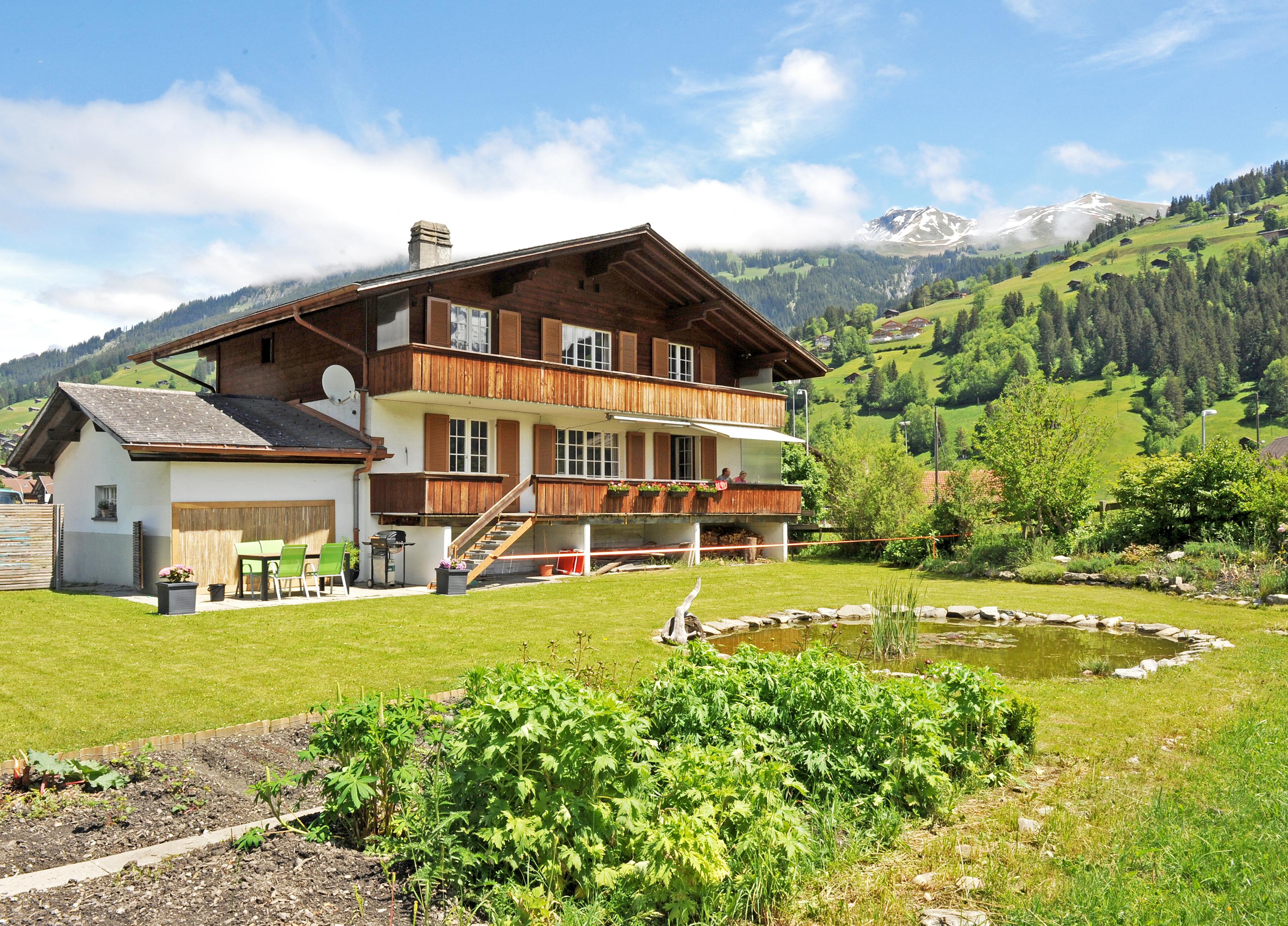 отметить, фото красивые швейцарские дома некоторых местах настоящие