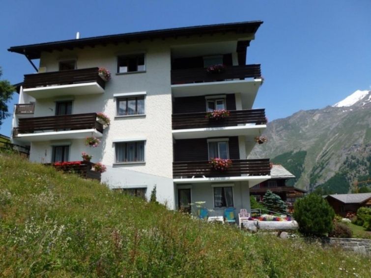 Adler Villa in Saas-Fee