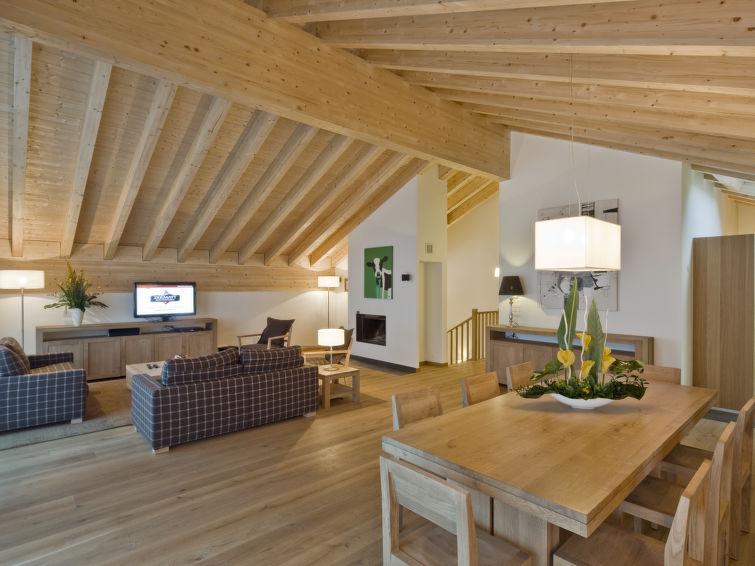 Apartamento De Férias Zur Matte B com tv e piscina interior