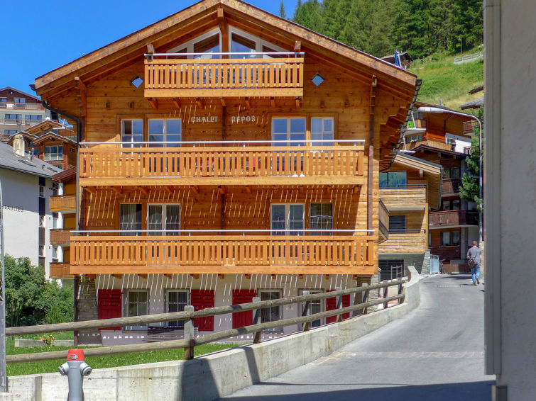 Apartamento De Férias Repos com chuveiro e para esqui de fundo