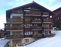 Azurit mit Mikrowelle und Balkon