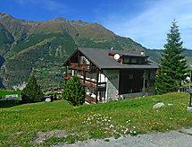 Apartment 8 erkéllyel és hegyi túrázáshoz