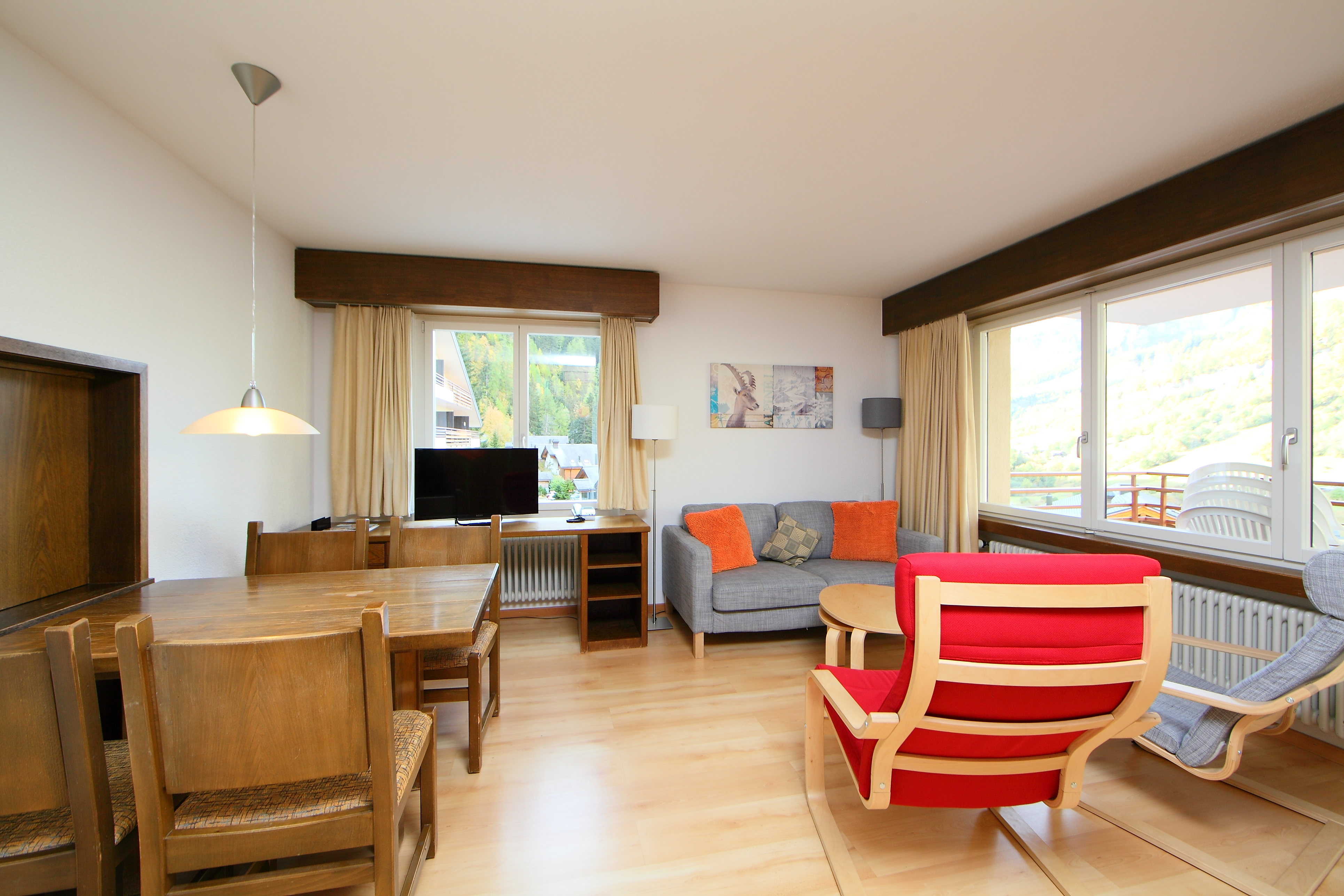 Lo che les bains suisse appartement ringstrasse utoring for Location appartement yverdon bains suisse