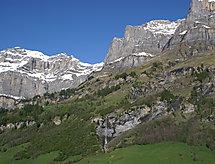 Ringstrasse (Utoring) szoros síterület és babaágyon