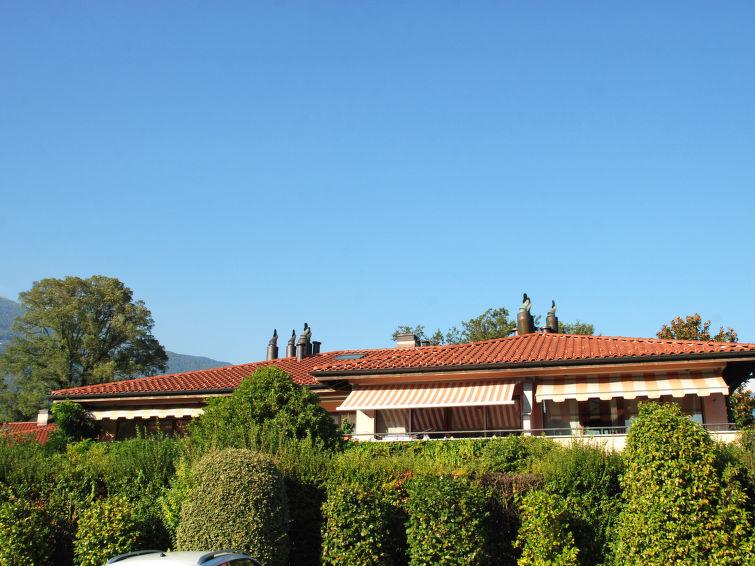 Luxury self catered apartment condominio giardino for Condominio giardino c