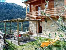 à Sulìva mit Terrasse und TV