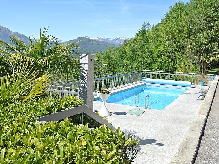 Ferielejlighed med sejlads muligheder og terrasse