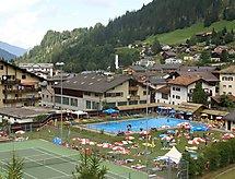 Ferienwohnung St. Angela/Ruggli per cavalcare und giocare a tennis