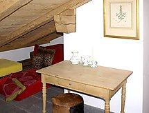 üschla Studio Bebek karyolası ile ve balkonlu