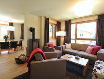 À Alpine Lodge DLX3 con parcheggio und tv