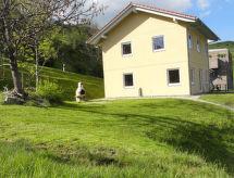 Degen - Apartment Ferienhaus Bual da Rumein Wettstein