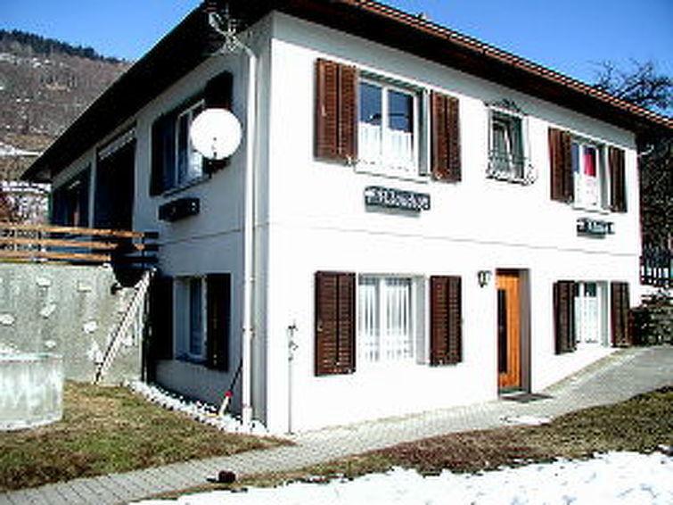 Apartamento de vacaciones Ferienwohnung Cilli Carigiet para ciclismo de montaña y cercana zona de esquí