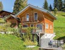 Pany - Ferienwohnung Casa Castanna