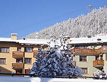 St. Moritz - Ferienwohnung Chesa Ludains 8