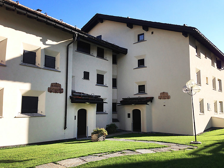 Celerina accommodation chalets for rent in Celerina apartments to rent in Celerina holiday homes to rent in Celerina