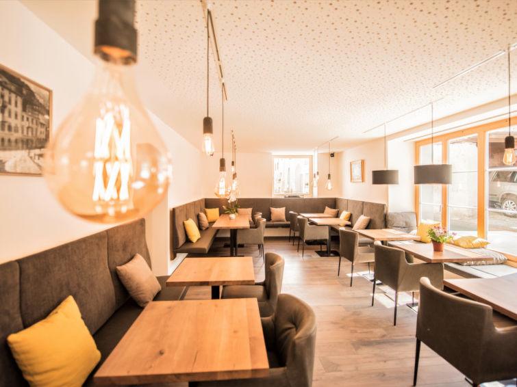Hotel Munsterhof - Slide 9